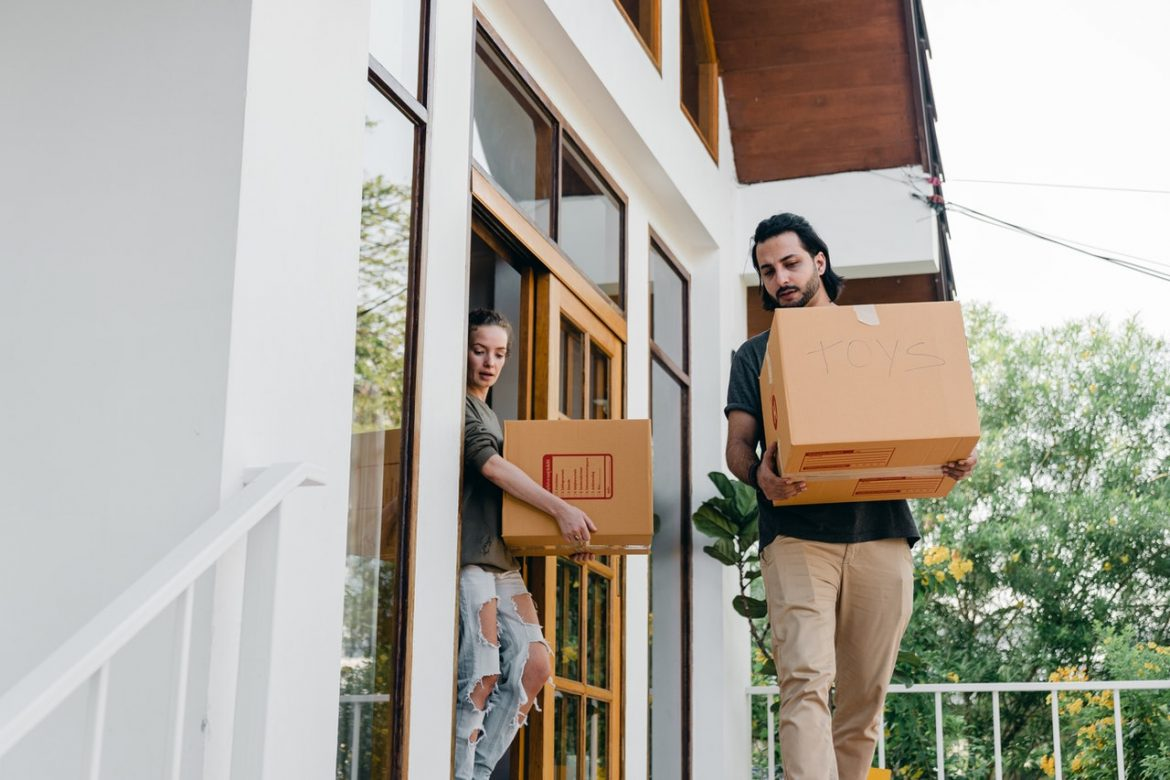 Qualified Packers and Movers – A One-stop Shop for Household Shifting